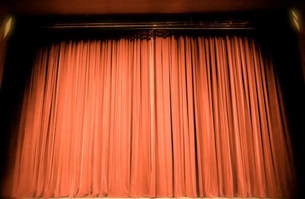 theater-432045_1280